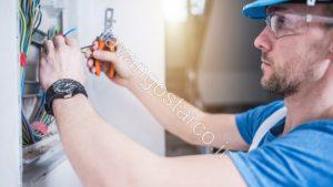 اجرای تاسیسات برقی نصب کلید چراغ پریز